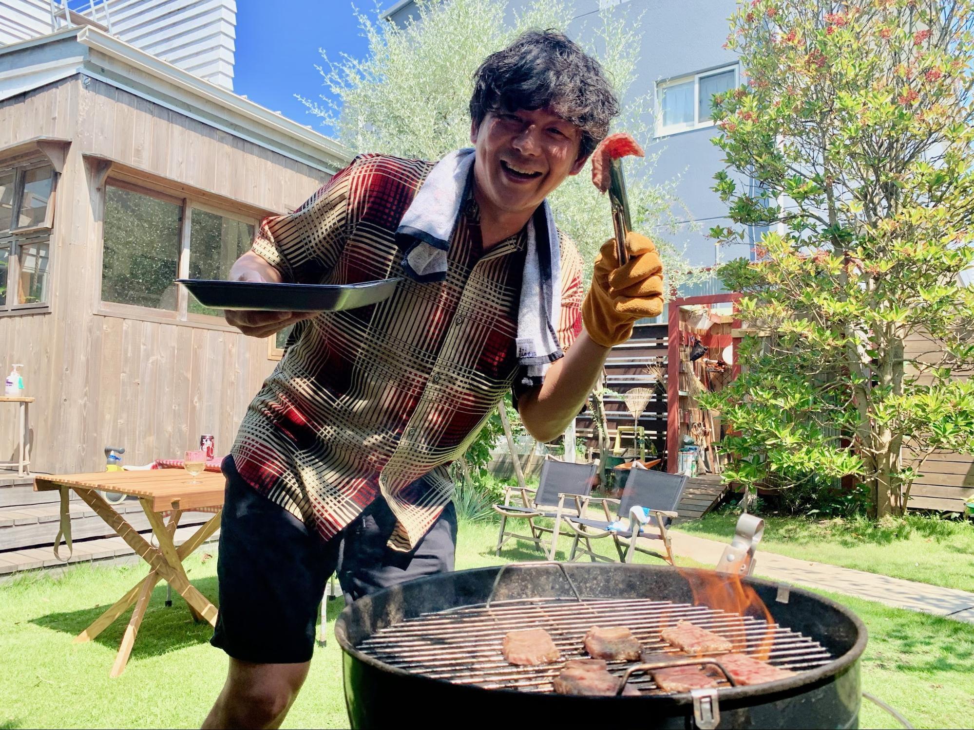 鎌倉の豪邸に肉を焼きに行ったら、超・経営論を聞かせてもらった話