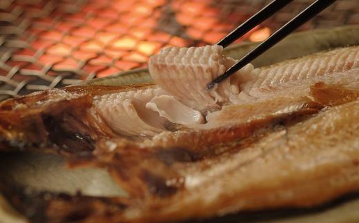 [Ku201-C244]【釧路の炉端】 本格炭火焼レストラン 炉ばた「煉瓦」お食事券(9,000円分)