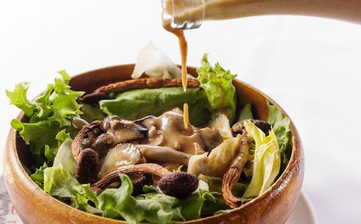 イタリア式食堂イルキャンティお食事券8000円分+ドレッシングのお土産2本付き