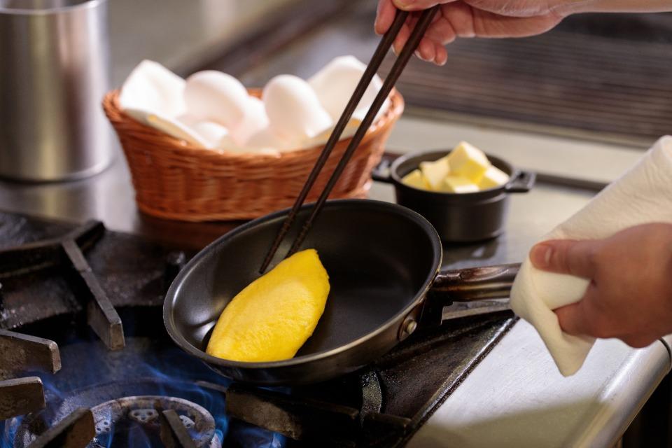 シェフ手づくりの温かいお弁当とアメリカンブレックファストでおもてなし