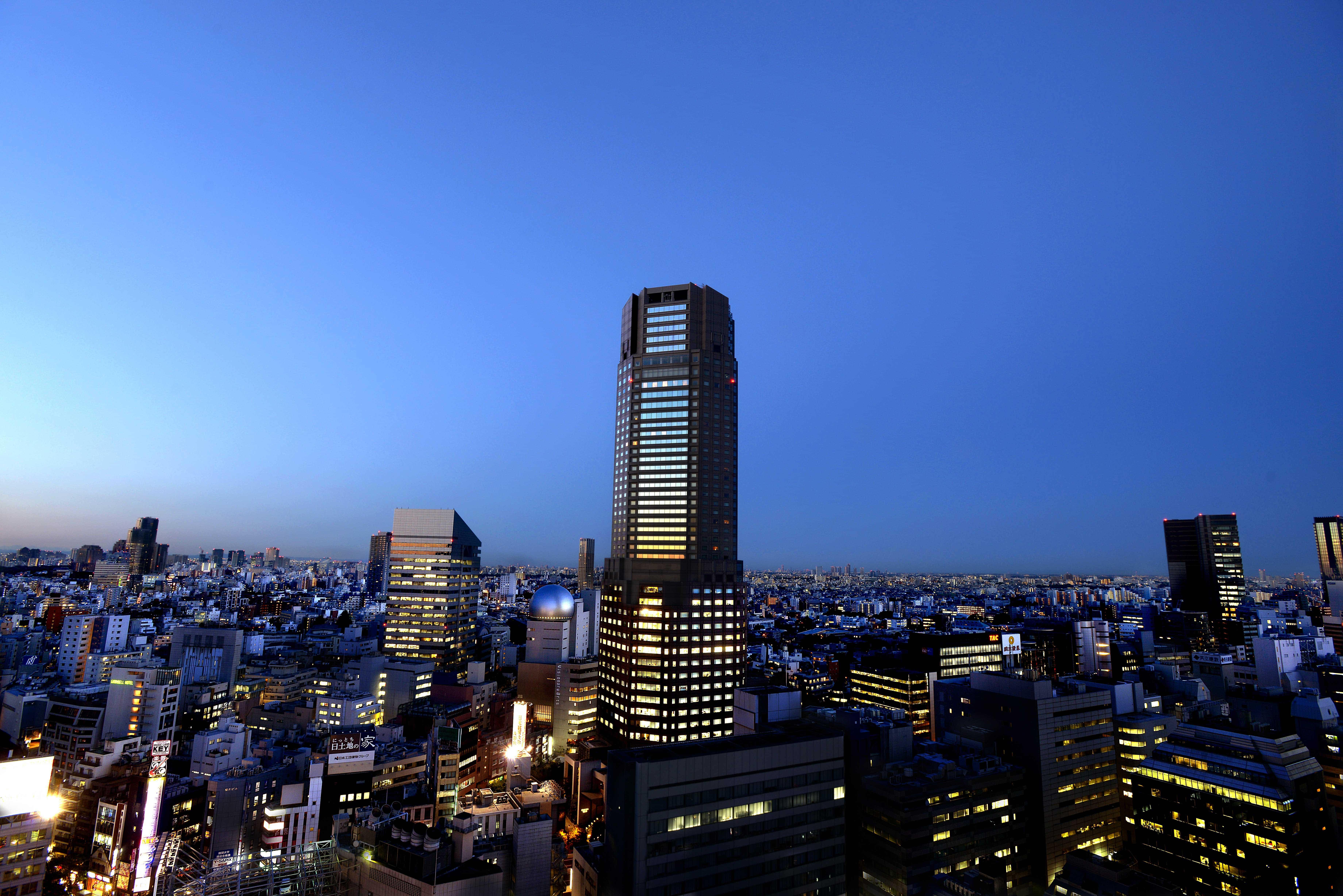 東京の夜景を独り占め。大人が楽しむ贅沢な渋谷の夜