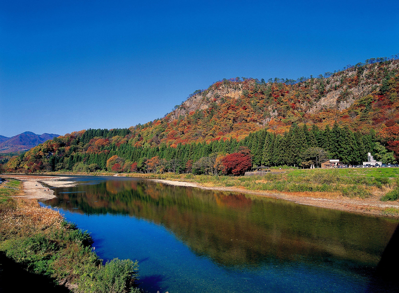 秋.紅葉の麒麟山