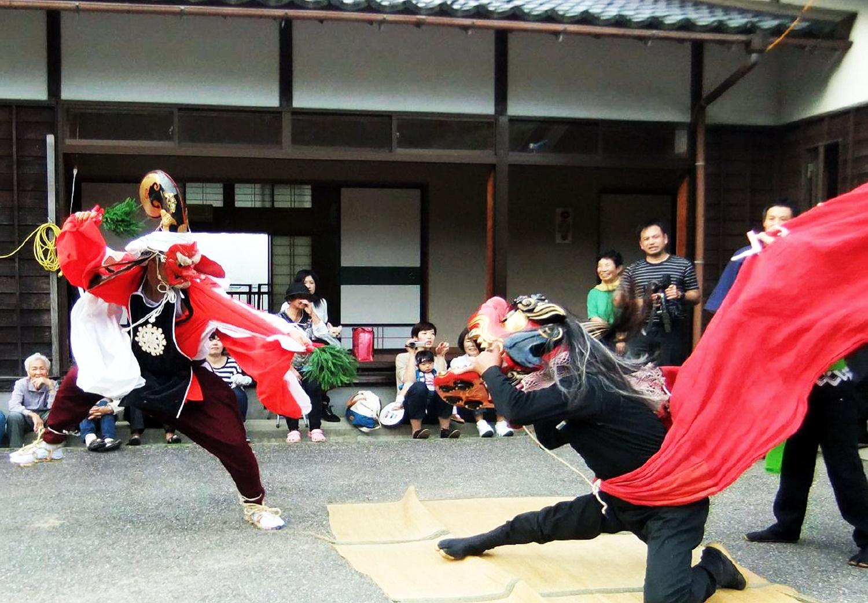 市内各地の伝統的な祭り 獅子舞