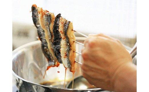 [5839-1509] 【中央市共通返礼品】国産うなぎ関東風蒲焼き・白焼き食べ比べセット 計 約280g 職人による手焼き 冷凍真空パックでお届け!