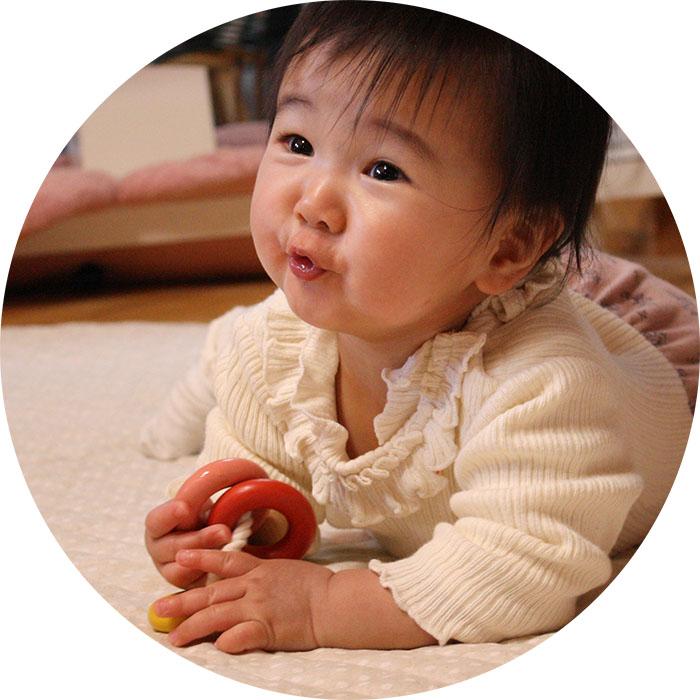 011-012 赤ちゃんに優しい木のおもちゃ『四つ葉リング』≪玩具 オモチャ トイ ベビー 木製 キッズ プレゼント ギフト おうち時間 室内 子ども 子供 児童 クローバー 遊び ≫