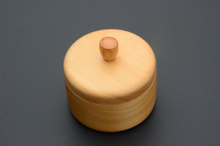 No.133 白川産樹齢250年の木材を使った器⑤