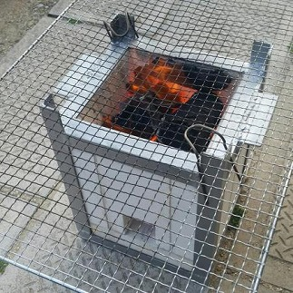 レンガで作った七輪 角型 ~炎の七輪~ H131-001