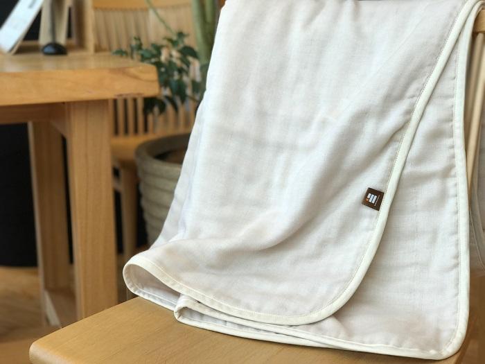 ふっくらやさしい三河木綿の5重ガーゼハーフケット(ベージュ)H036-004
