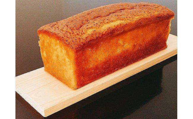 黄金名古屋コーチンパウンドケーキ、メープリン、ベイクドチーズケーキセット