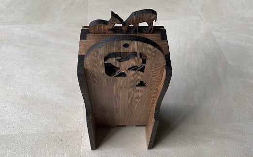 BD-5.【鹿がコケティッシュ】木製ティッシュケース 鹿(カバー付き)