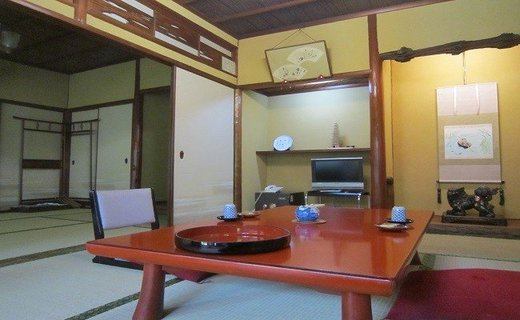 HH-2.【古都・奈良の料理旅館】 大正楼 ペア宿泊券