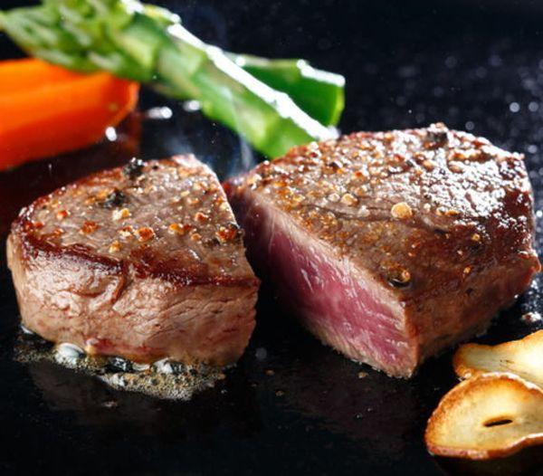 【ふるさと納税】【和歌山県特産和牛】《熊野牛》 極上モモステーキ 750g(150g×5枚) A4ランク以上