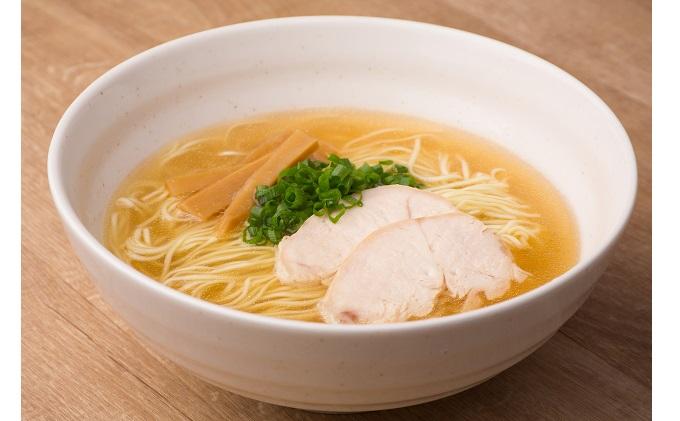 麺専門メーカーの「みはら神明鶏ラーメン」黄金鶏塩味