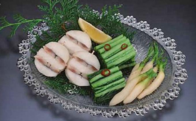 漬物ファンに贈る「ふるさと広島漬物セット」大根ままかりはさみ漬2本、広島菜漬300g、雪子200g