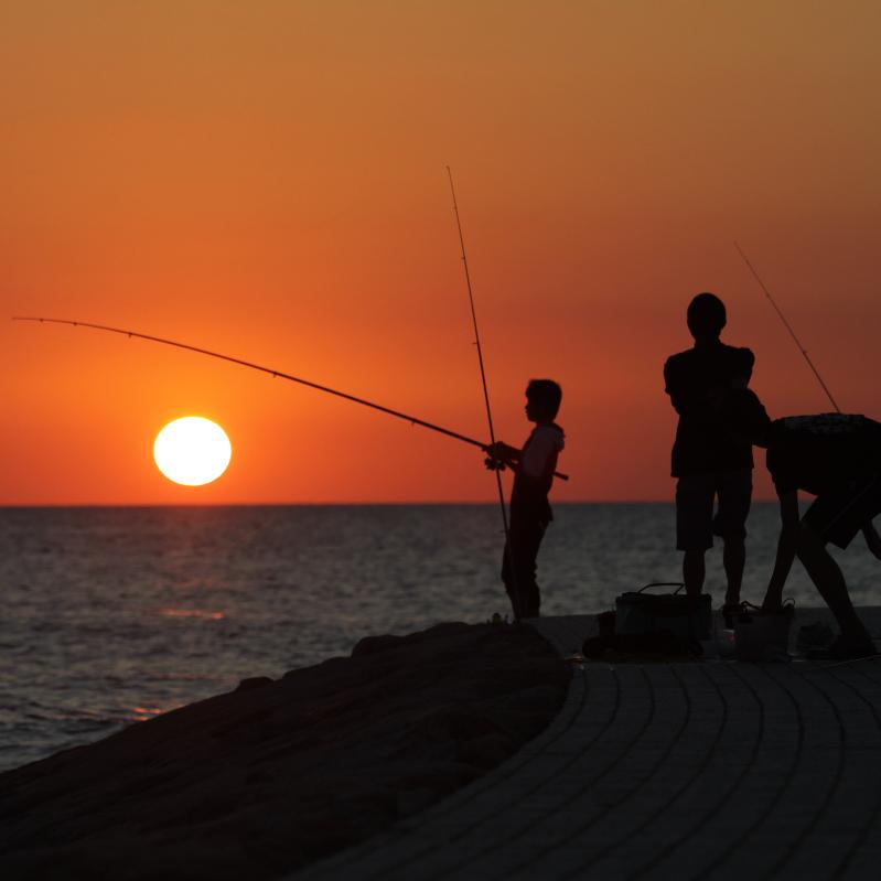 古賀海岸から見る夕陽