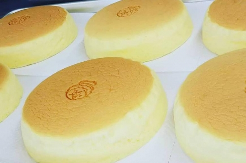 沖縄そばセット&チーズケーキ&チョコスフレ
